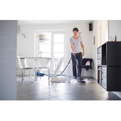 Steamtec_6IH_floor_cleaning-ps-FrontendVeryLarge-TNJLPP