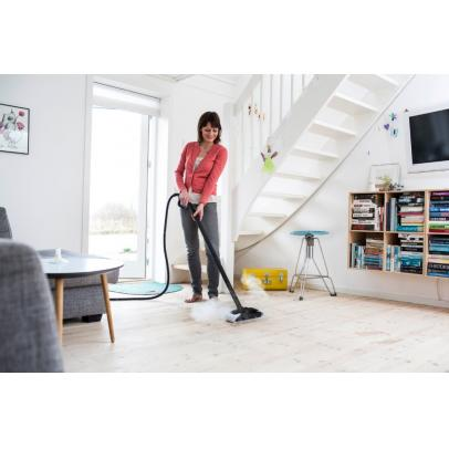Steamtec_floor_cleaning_8-ps-FrontendVeryLarge-TNJUEN