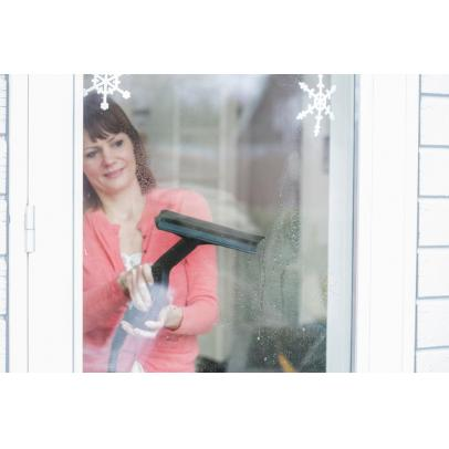 Steamtec_window_cleaning_1-ps-FrontendVeryLarge-TNJJPD