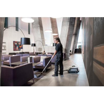 VP600_hotel1-ps-FrontendVeryLarge-TJJUNK